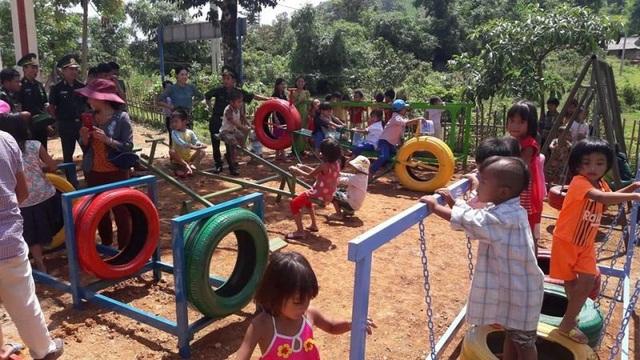 Sân chơi cho trẻ em vùng cao được hoàn thiện.