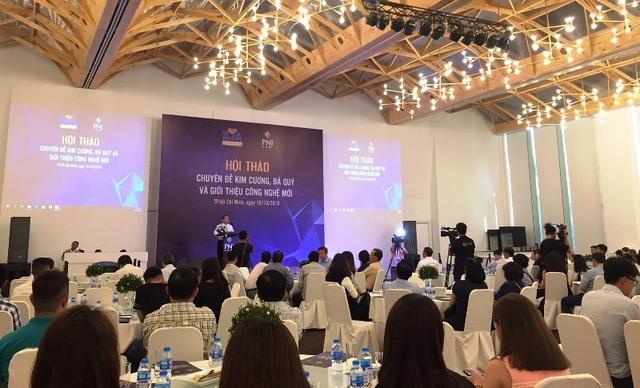 Hội thảo chuyên đề kim cương, đá quý do Hội Mỹ nghệ kim hoàn TPHCM (SJA) tổ chức. Ảnh: Đại Việt