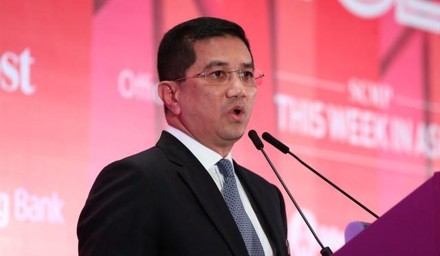 Bộ trưởng Kinh tế Malaysia Azmin Ali (Ảnh: SCMP)