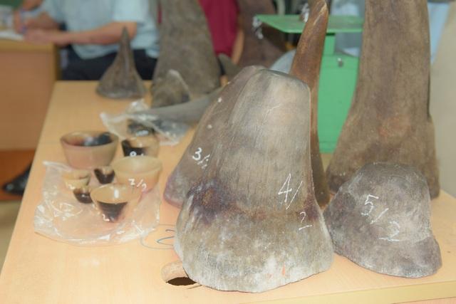 Đây là lần thứ 2 trong 2 tháng liên tiếp, cơ quan chức năng Việt Nam bắt giữ sản phẩm động vật hoang dã thuộc diện cấm nhập khẩu, buôn bán