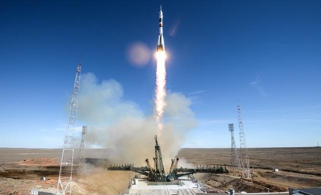 Tàu Soyuz MS-10 được phóng đi từ sân bay vũ trụ Baikonur ở Kazakhstan. (Ảnh: Sputnik)
