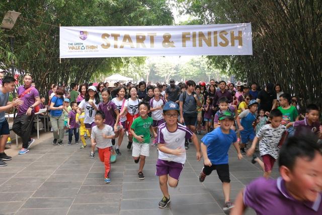Hà Nội: Gần 1 nghìn học sinh đi bộ để giảm thiểu rác thải nhựa - 2