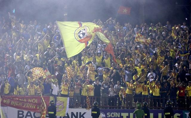 Thắng luân lưu Hà Nội B, Nam Định trụ hạng V-League thành công - 5