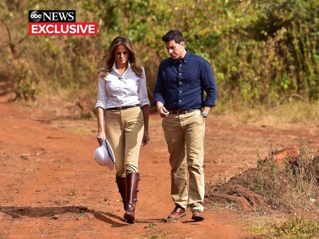 Bà Melania trả lời phỏng vấn nhà báo Tom Llamas của ABC (Ảnh: ABC)