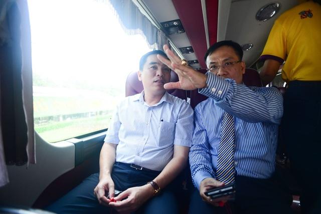 Bustour Hop on Hop off có không gian rộng rãi với 45 ghế ngồi, phù hợp với địa hình và khí hậu Phú Quốc.