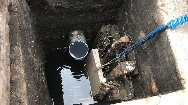 Hố ga này có nhiệm vụ điều tiết lượng nước dẫn về bể chứa phía máy bơm