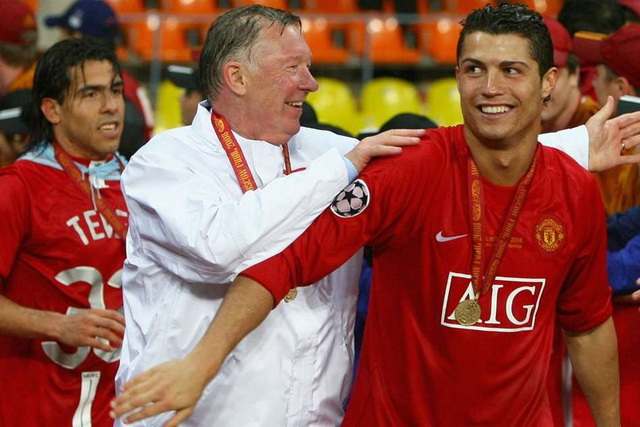C.Ronaldo không được Andy Cole đánh giá cao bằng Beckham