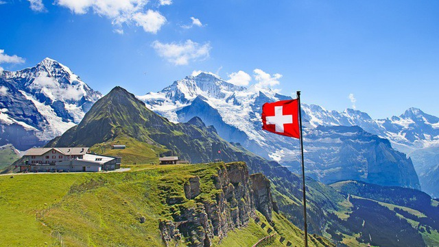 Lao động nước ngoài ở Thụy Sỹ nhận lương trung bình 203.000 USD/năm.