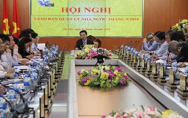 Quyền Bộ trưởng Nguyễn Mạnh Hùng phát biểu chỉ đạo Hội nghị. Ảnh: Bộ TT&TT