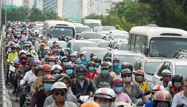 """Toàn cảnh 5 giờ hầm Thủ Thiêm """"tê liệt"""", giao thông phía Đông Sài Gòn hỗn loạn - 9"""