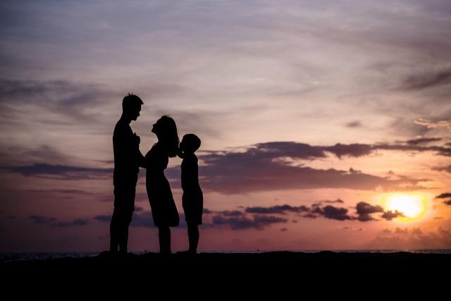 Những khoảnh khắc tuyệt đẹp bên bờ biển của gia đình Bảo Thanh.