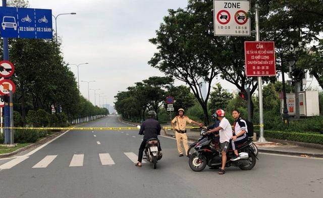 """Toàn cảnh 5 giờ hầm Thủ Thiêm """"tê liệt"""", giao thông phía Đông Sài Gòn hỗn loạn - 6"""