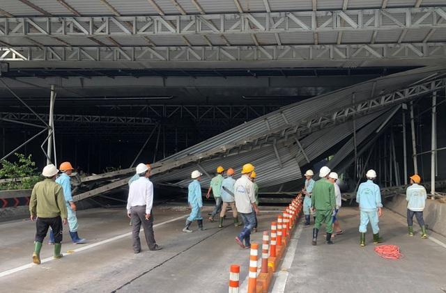 """Toàn cảnh 5 giờ hầm Thủ Thiêm """"tê liệt"""", giao thông phía Đông Sài Gòn hỗn loạn - 13"""