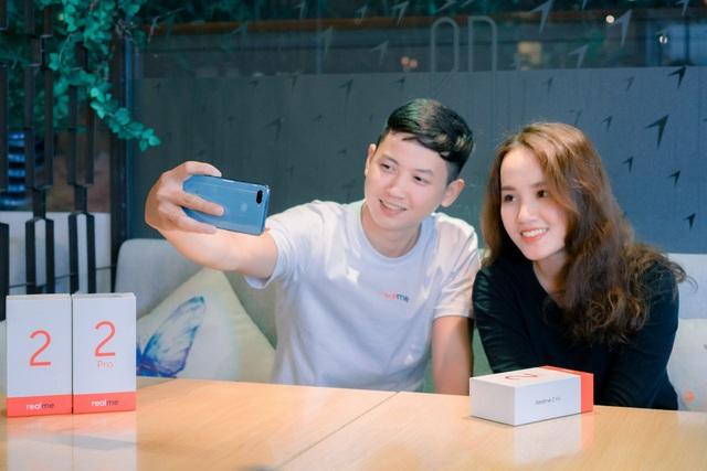 Ông Y Đức, Giám đốc Phát triển Thị trường của Realme Việt Nam chia sẻ trước thềm sự kiện ra mắt chính thức Realme 2 Series tại Việt Nam
