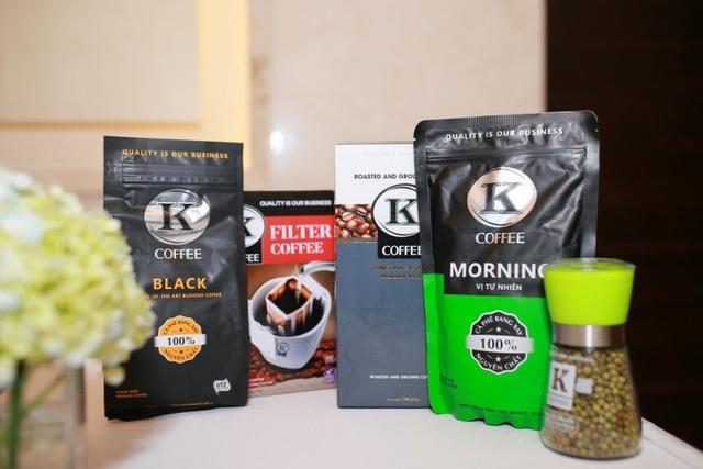 K - Coffee được chứng nhận về UTZ (tiêu chuẩn xuất khẩu của Hà Lan) và BRC (kiểm soát chất lượng và an toàn thực phẩm của Anh quốc).