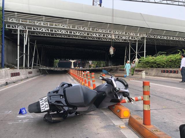 Một người đi xe máy bị thương nhẹ