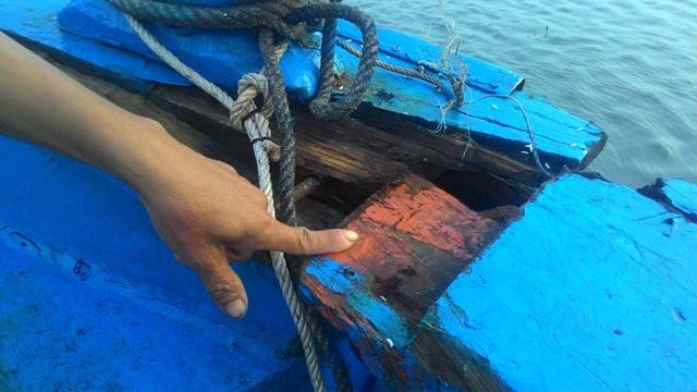 Một tàu cá của ngư dân Quảng Nam bị đâm hư hỏng ở mạn. (Ảnh minh hoạ)