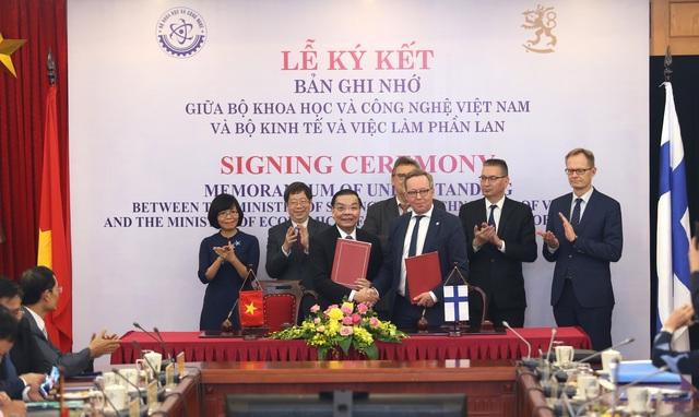Việt Nam và Phần Lan ký ghi nhớ hợp tác trong lĩnh vực KH&CN và đổi mới sáng tạo.