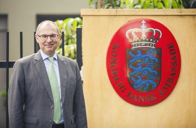 Ông Kim Højlund Christensen là nhà ngoại giao kỳ cựu của Đan Mạch. (Ảnh: Đại sứ quán Đan Mạch)