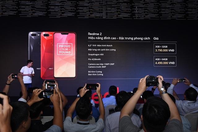"""Realme gây sốc với smartphone """"tai thỏ"""" giá 2,5 triệu đồng - 3"""