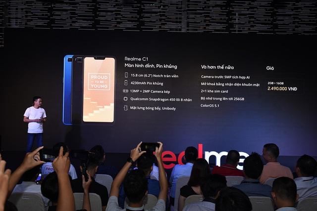 """Realme gây sốc với smartphone """"tai thỏ"""" giá 2,5 triệu đồng - 2"""