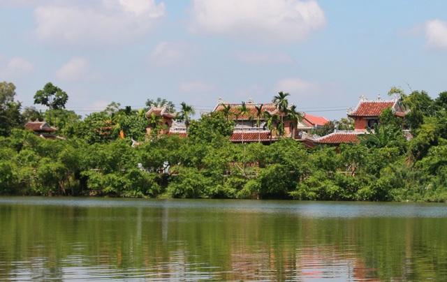 Thú vị du ngoạn thuyền rồng trên sông Hương - 7
