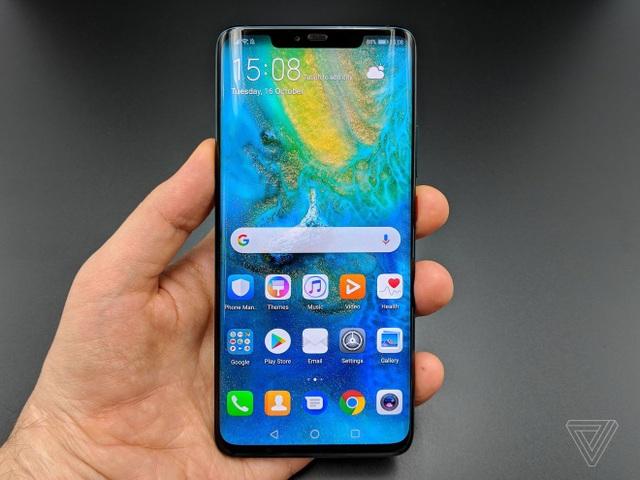 Mate 20 Pro sở hữu màn hình cong giống như trên các mẫu smartphone cao cấp của Samsung
