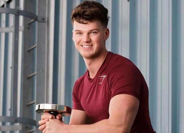 Ben Francis, 26 tuổi, ông chủ của hãng thời trang Gymshark bắt đầu kinh doanh từ năm 19 tuổi.