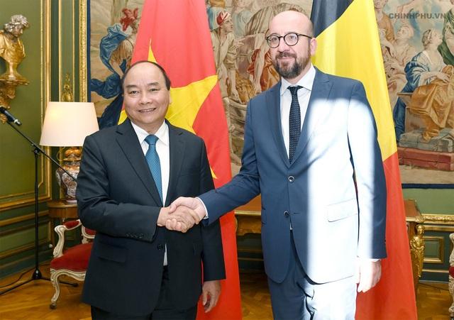 Thủ tướng Nguyễn Xuân Phúc hội đàm với Thủ tướng Bỉ Charles Michel. Ảnh: VGP/Quang Hiếu
