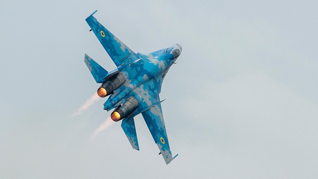 Một máy bay chiến đấu Su-27 (Ảnh: Reuters)