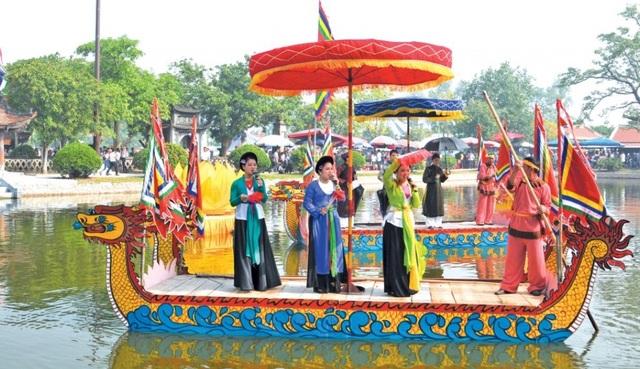 Hát giao duyên trong lễ hội thu chùa Keo