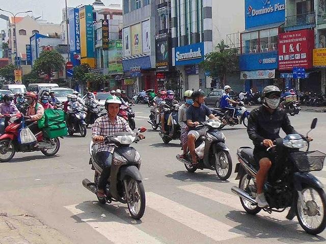 Hoạt động giao thông ở TP.HCM là nguyên nhân chủ yếu phát sinh ô nhiễm không khí. Ảnh: TRẦN NGỌC