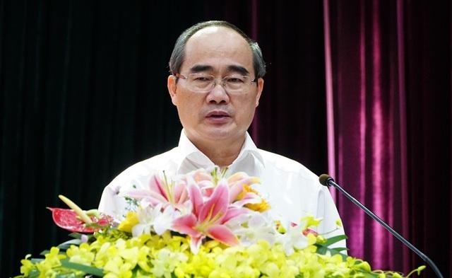 Theo Bí thư Nhân, chúng ta phải học để làm sao chung sống được với cơ chế thị trường, vừa giữ được bản sắc của người Việt Nam, truyền thống dân tộc