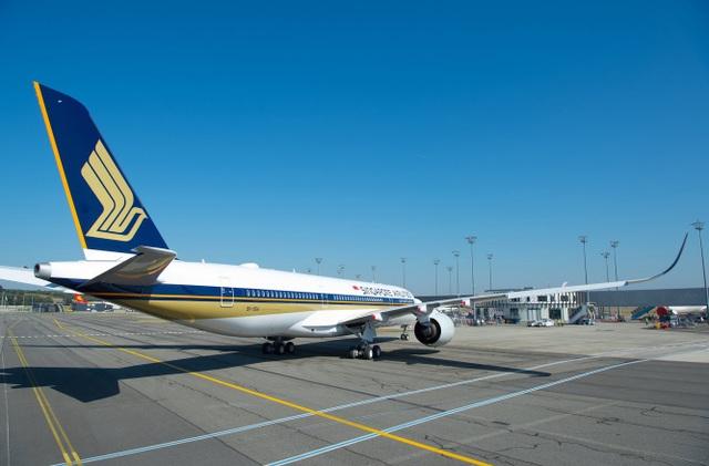 A350-900 ULR sử dụng động cơ Rolls-Royce Trent XWB turbofan, giúp tiết kiệm nhiên liệu 25% so với mẫu máy bay nó thay thế. (Ảnh: Singapore Airlines)