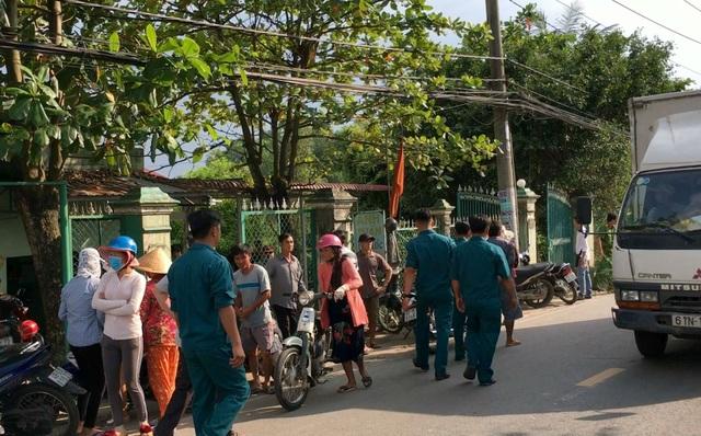 Nhiều người dân khu vực bàng hoàng trước vụ việc