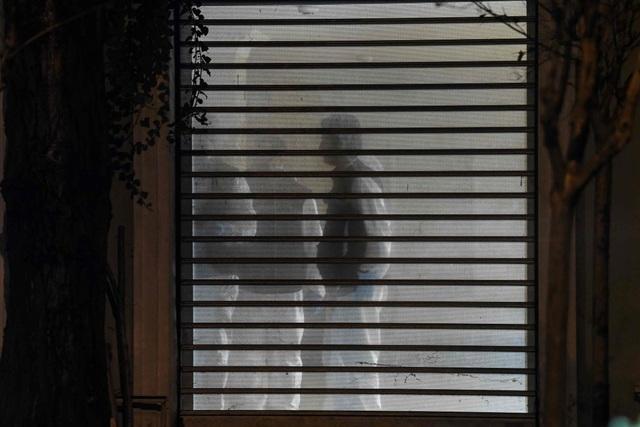 Cảnh sát Thổ Nhĩ Kỳ khám xét lãnh sự quán và khu nhà ở của tổng lãnh sự Ả rập Xê út ở Istanbul. (Ảnh: AFP)