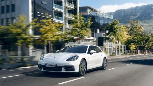 Porsche ra phiên bản GTS mới cho dòng Panamera - 9