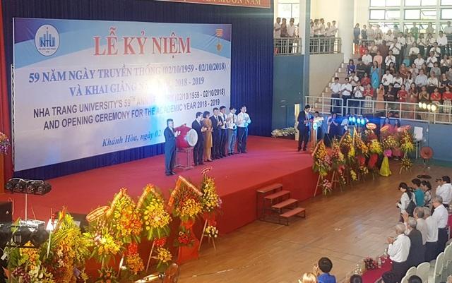 Trường Đại học Nha Trang (Khánh Hòa) khai giảng năm học mới 2018-2019