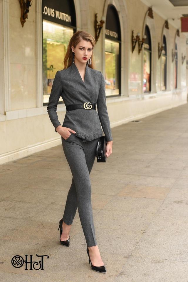 Suits vốn là trang phục mang tính trang trọng, nhưng phái đẹp vẫn có thể cách điệu để tạo phong cách cá nhân riêng.