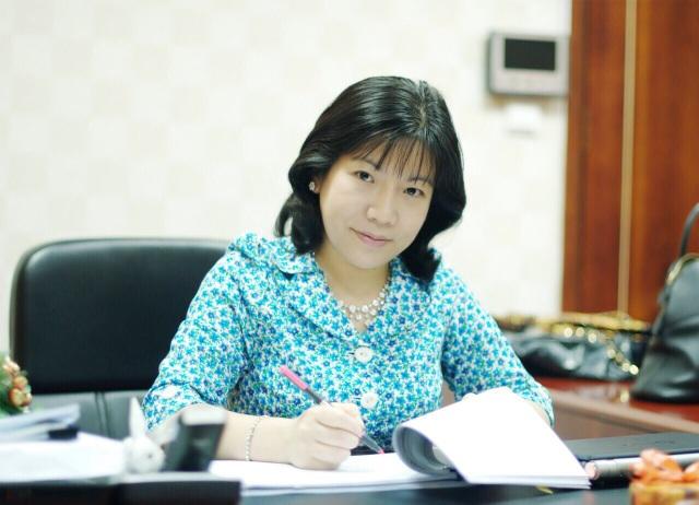 Không chỉ là doanh nhân xuất sắc, tiến sĩ Thanh Nhàn đã triển khai nhiều chương trình giúp đỡ hỗ trợ hàng chục ngàn người nghèo tìm cơ hội việc làm