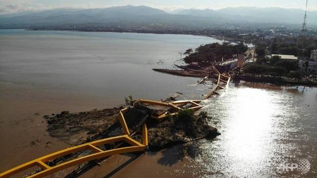 Cơ sở hạ tầng trên đảo bị hư hỏng nặng (Ảnh: AFP)