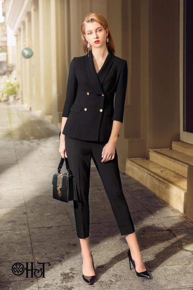 Ăn vận ấn tượng với những bộ suit đậm màu, phối với túi clutch và giày cao gót sẽ mang lại cảm giác sang trọng và thanh lịch.