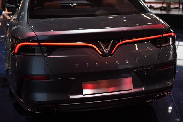 VinFast chính thức ra mắt hai mẫu xe tại Paris Motor Show 2018 - 2