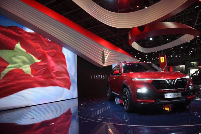 VinFast chính thức ra mắt hai mẫu xe tại Paris Motor Show 2018 - 8