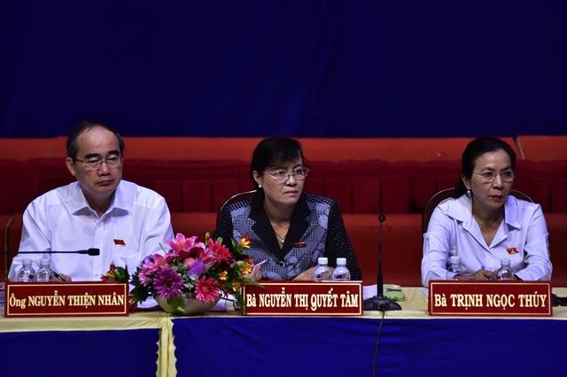 Đại biểu Quốc hội TPHCM tiếp xúc cử tri trước kỳ họp Quốc hội