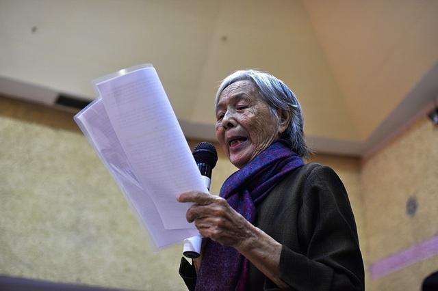 Cử tri Trần Thị Mỹ (77 tuổi) ròng rã theo đuổi khiếu nại vụ Thủ Thiêm mười mấy năm qua