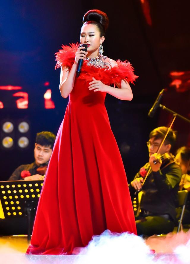 Linh Hoa.
