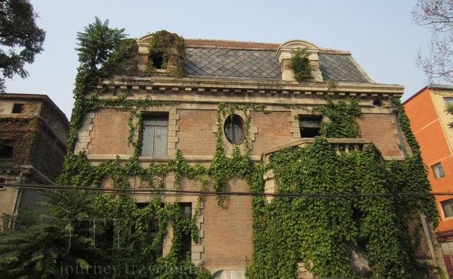 """Ám ảnh xung quanh """"Ngôi nhà ma ám"""" nổi tiếng nhất Bắc Kinh - 4"""