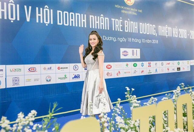 Á hậu Ngô Thu Phương từ Hà Nội vào tham dự Đại hội Doanh nhân Trẻ tỉnh Bình Dương - 3