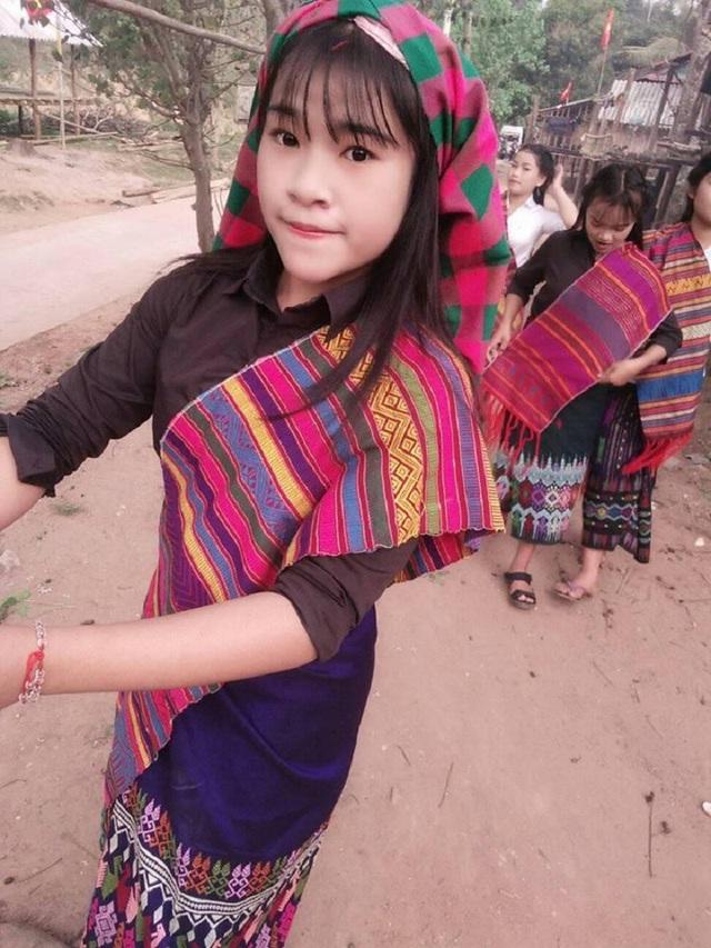 Y Hát muốn trở thành một hướng dẫn viên du lịch để muốn giới thiệu nhiều hơn về tiềm năng của đồng bào các dân tộc tại Quảng Bình